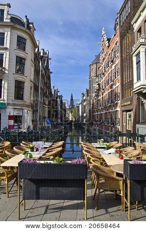 restaurante no canal