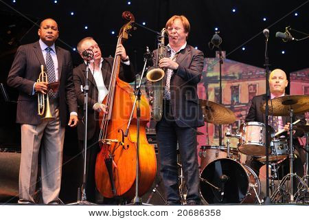 LVIL, UKRAINE - JUNE 3: Wynton Marsalis and Igor Butman Quartet in concert during Alfa Jazz Festival on June 3, 2011 in Lviv, Ukraine.
