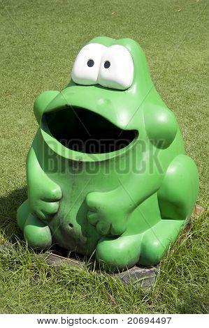 trash frog