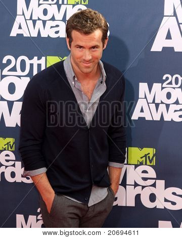 LOS ANGELES - JUN 5:  Ryan Reynolds arriving at the the 2011 MTV Movie Awards at Gibson Ampitheatre on June 5, 2011 in Los Angeles, CA