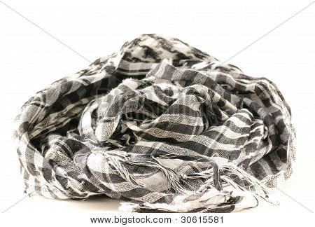 monochrome scarf in Arabic style