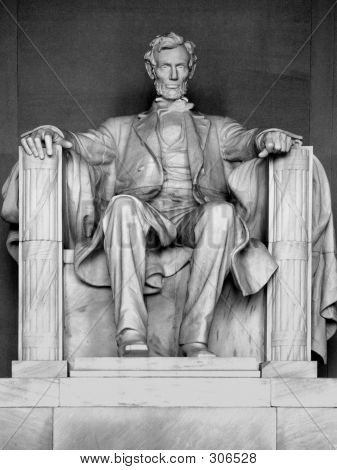 A Sculpture Of Abraham Lincoln