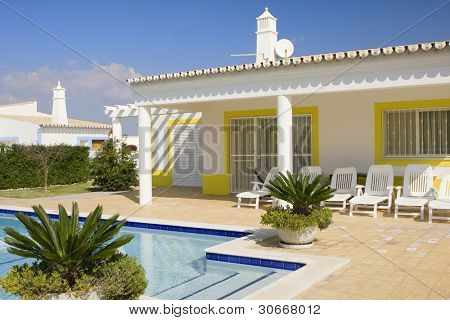 Beautiful villa with a refresh water pool at Algarve, south of Portugal