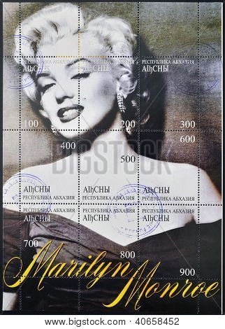 ABKHAZIA - CIRCA 1999: A stamp printed in Abkhazia (Georgia) shows Marilyn Monroe circa 1999