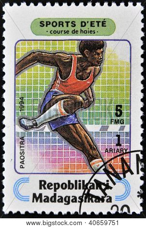 MADAGASCAR - CIRCA 1994: A stamp printed in Madagascar dedicated to summer sports shows Steeplechase