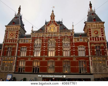 Beautiful Amsterdam Centraal Station - Center Of City
