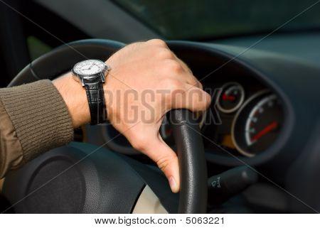 En un volante de mano