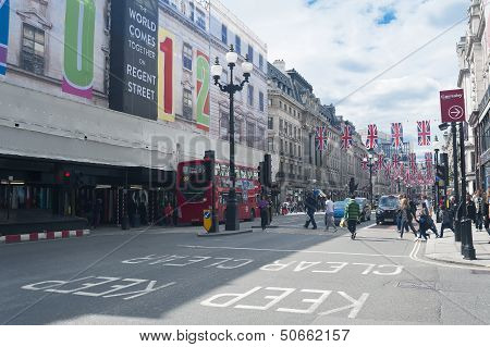 London Oxford street scene