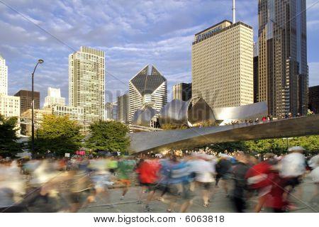 verschwommene Läufer auf Chiicago-Marathon 2009