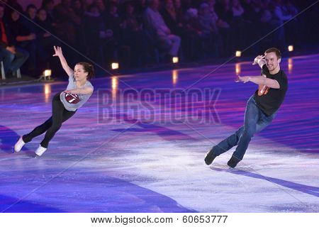 MOSCOW, RUSSIA - FEBRUARY 24, 2014: Ksenia Stolbova and Fedor Klimov in action during Gala concert of Olympic champions in figure skating in Luzhniki