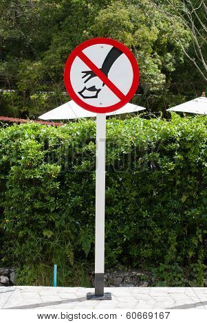 A Littering Prohibited Signal