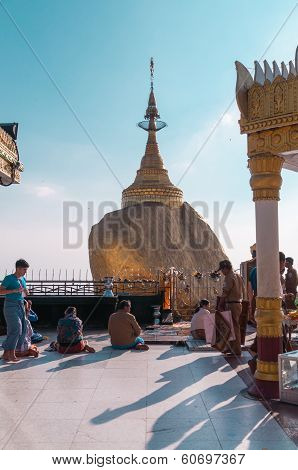 The Golden Rock, Myanmar-february 21,2014 :kyaiktiyo Pagoda