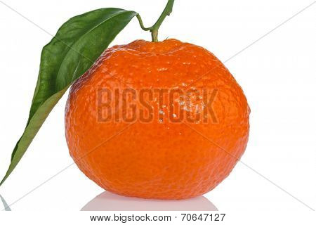 an orange sits on a white background. symbolic photo for healthy vitamins with fresh fruit