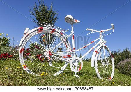 Polka Dot Vintage Bicycle