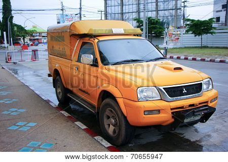 Fast emergency service mini truck