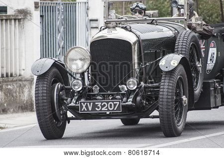 old car Bentley	4.5 Van de Plas open tourer 1928 mille miglia 2014