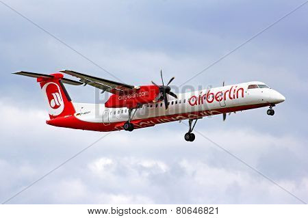 Air Berlin Bombardier De Havilland Dhc-8 Q400