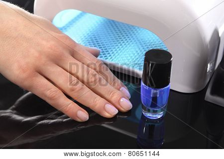 Curing nail manicure hybrid nail polish