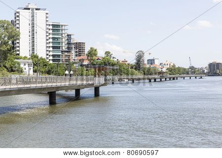 BRISBANE, AUSTRALIA: New Farm Riverwalk
