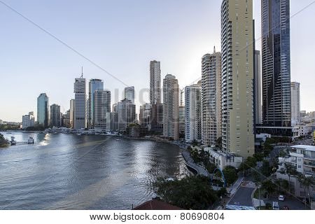 Sunset over Brisbane cityscape, on the Brisbane River