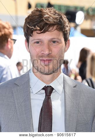 LOS ANGELES - APR 12:  Zach Gilford arrives to the MTV Movie Awards 2015  on April 12, 2015 in Hollywood, CA