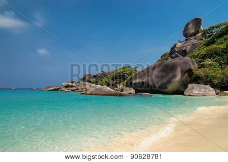 Tropical island with resorts - Phi-Phi island