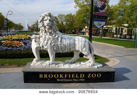 Brookfield Zoo Lion Sculpture