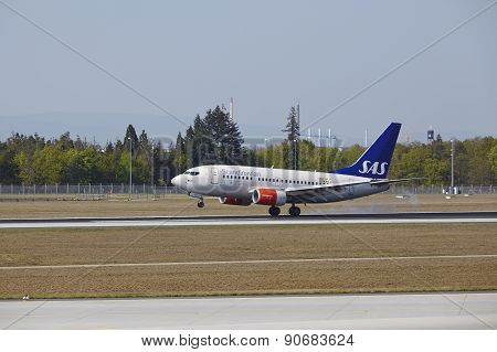 Frankfurt International Airport - Boeing 737 Of Sas Lands