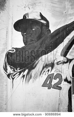 Street art Montreal Jackie Robinson
