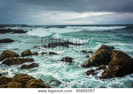 Waves And Rocks In The Pacific Ocean, Seen From The 17 Mile Drive, In Pebble Beach, California.