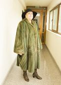 image of mink  - Elderly lady in mink furcoat and hat - JPG