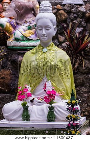 Thai White Churchwoman Statue