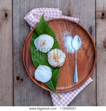 Traditional Thai Dessert Kanom Krok .it 's Same Like Tart . Made From Coconut Milk ,sugar Pandanus L