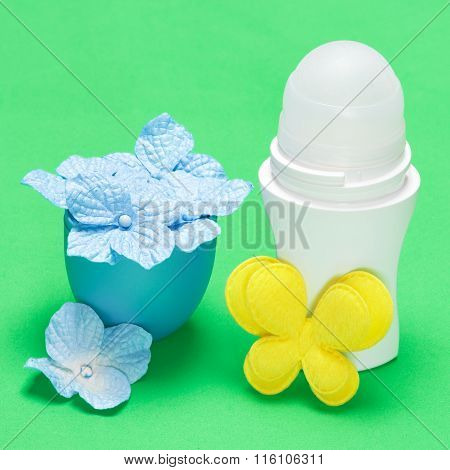 Body Antiperspirant Deodorant Roll-on With Flowers