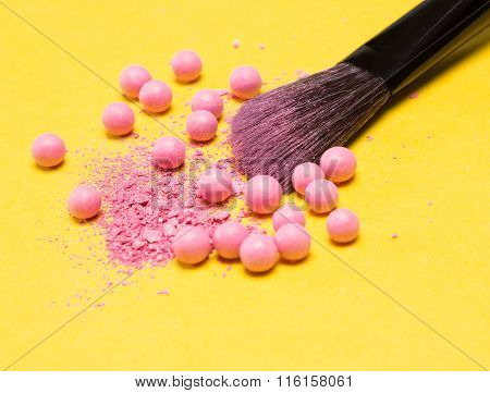 Makeup Brush With Crushed And Whole Shimmer Blush Balls