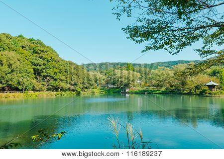 Majestic Emerald Mountain Lake