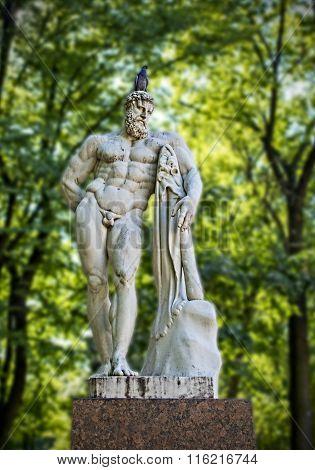 Hercules Statue In The Park