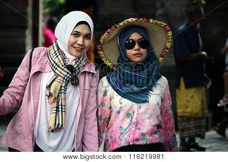 Colorful muslim fashion