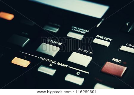 Rec And Play Buttons On Midi Controller