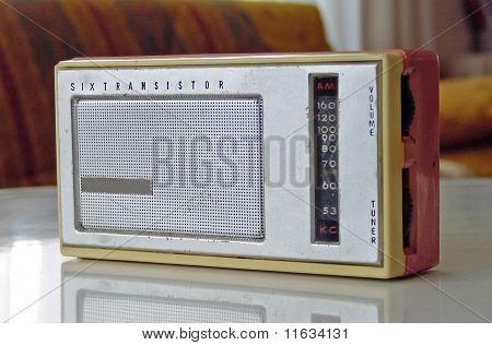 mini old radio