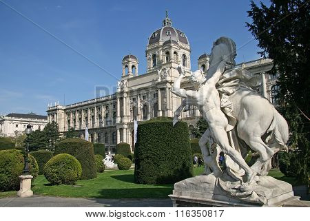 Vienna, Austria - April 22, 2010: Statue Near Museum Of Natural History And The Art History Museum I