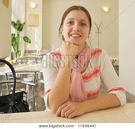Girl In  Snackbar
