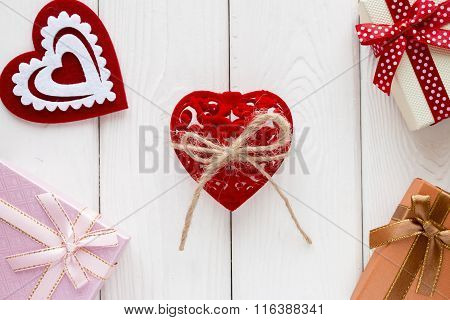 Red Velvet Heart Tied With A Bow Background On Valentine Day