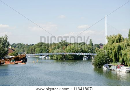 New Footbridge Over River Thames At Reading