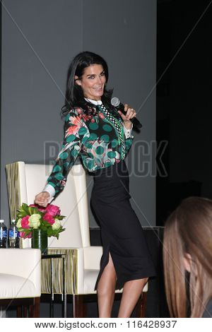 LOS ANGELES - JAN 29:  Angie Harmon at the An Evening with The Woman Code Event at the City Club on January 29, 2016 in Los Angeles, CA