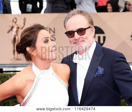 LOS ANGELES - JAN 30:  Amy Landecker, Bradley Whitford at the 22nd Screen Actors Guild Awards at the Shrine Auditorium on January 30, 2016 in Los Angeles, CA