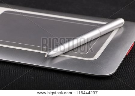 Small Size Pen Tablet With Stilus
