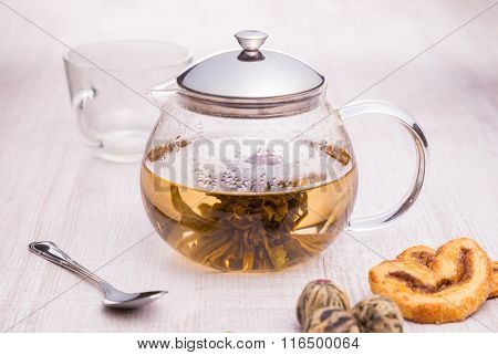 Glass teapot with Flower Chinese tea