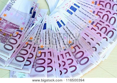 500 Euro Banknotes In A Row