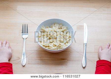 Ready To Eat Bow-tie Pasta